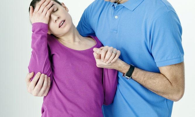 Khi mang thai có dấu hiệu dễ bị ngất xỉu
