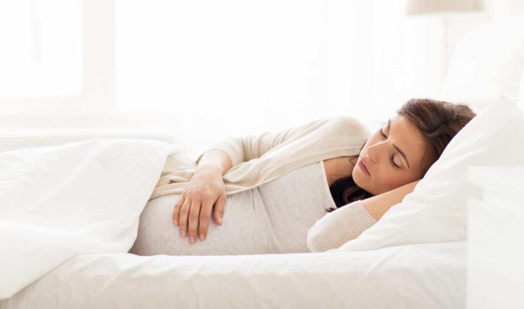 đau bụng khi mang thai phải làm sao?