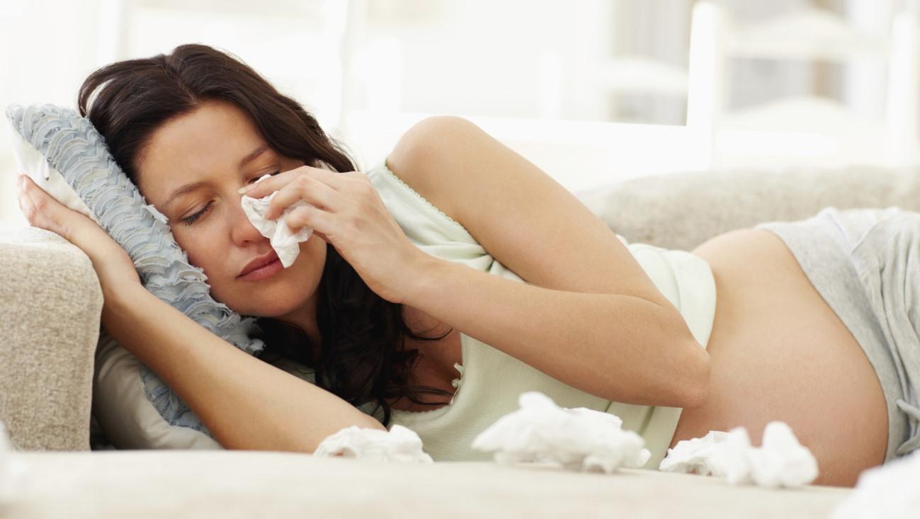 Vào giai đoạn thai nhi tuần 15, mẹ bầu thường dễ bị ngạt mũi hoặc chảy máu cam