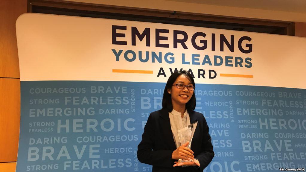 Dạy con gái tuổi 14 có bản lĩnh và khả năng lãnh đạo từ sớm