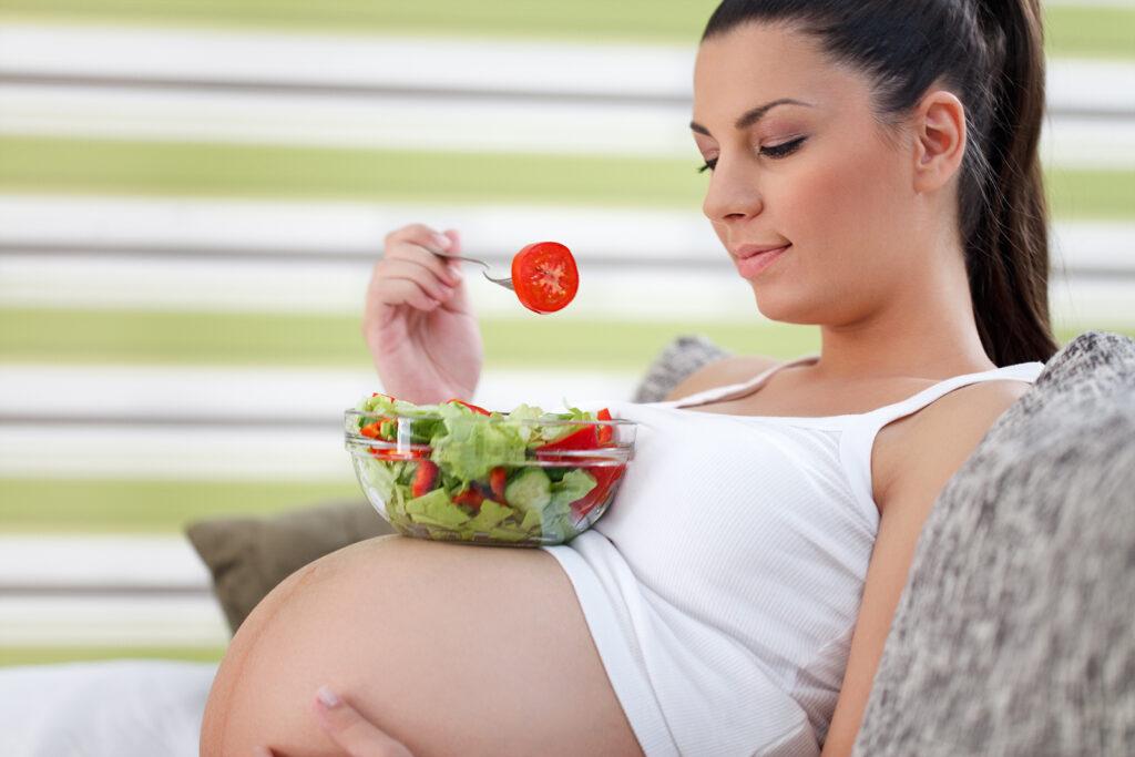 chế độ dinh dưỡng cho bà bầu 3 tháng cuối
