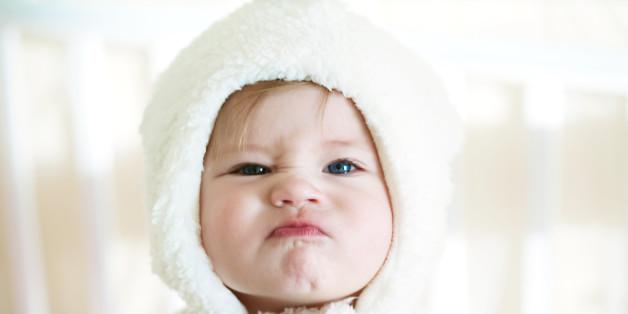 Bố mẹ có thể kích thích giác quan cho bé từ lúc 0 đến 3 tháng tuổi