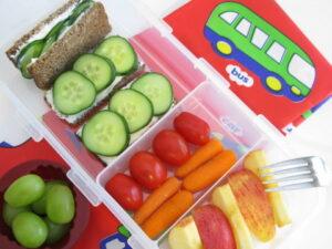bố sung thêm 1 - 2 bữa phụ trong chế độ dinh dưỡng của trẻ