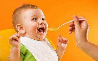 Trẻ 6 tháng ăn dặm nhiều hơn và đa dạng hơn
