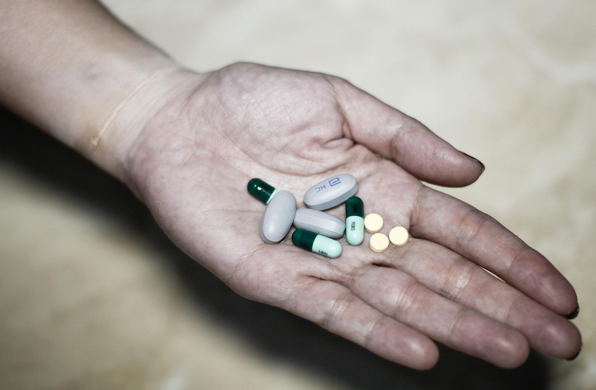 kiêng cử thuốc kích thích sau sinh