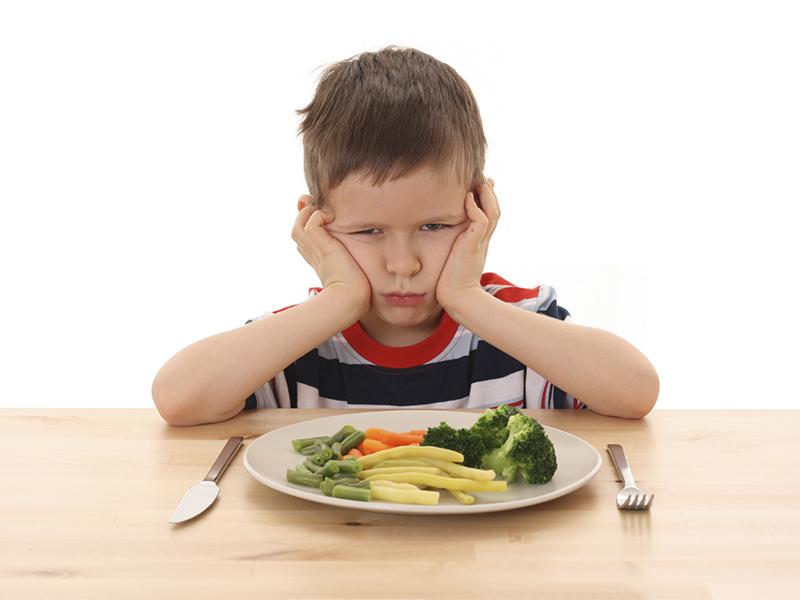 Trẻ biếng ăn cần được khám bác sĩ để kích thích ăn ngon miệng - Các bệnh thường gặp ở trẻ mầm non