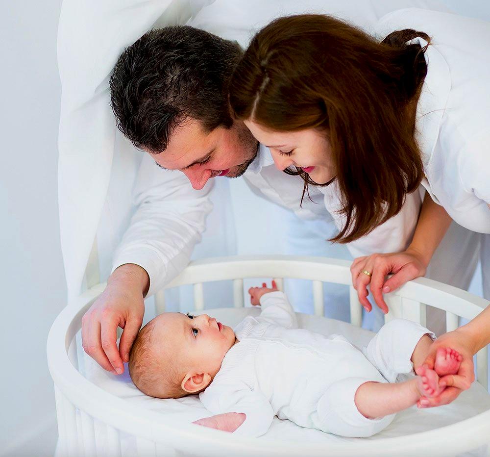 Trẻ em nên ngủ riêng với mẹ để rèn tính từ lập từ bé