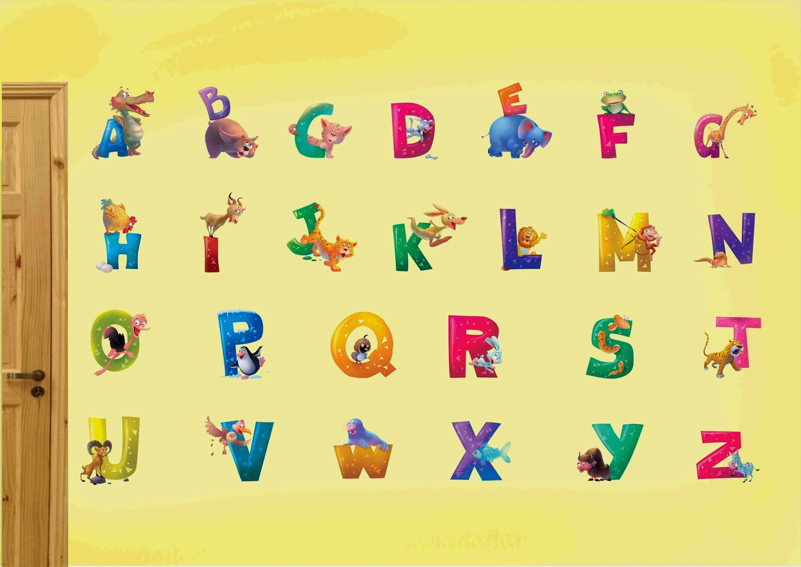 Chữ cái tiếng Anh nhiều màu sắc bắt mắt giúp trẻ hứng thú tiếp thu