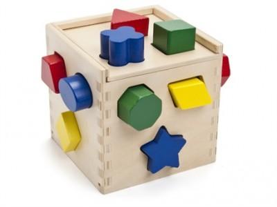 Bạn nên chọn những bộ xếp hình đơn giản cho trẻ 1 tuổi