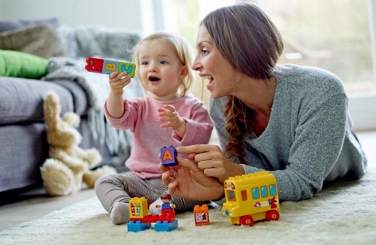 Dành nhiều thời gian và sự nhẫn nại giúp con yêu khắc phục chứng kém tập trung