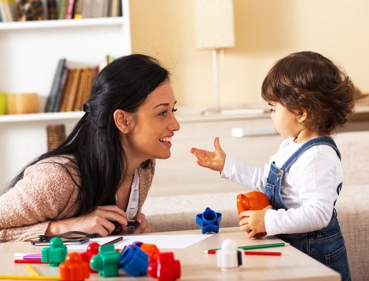 Kích thích trẻ nỗ lực trong không khí thoải mái giúp trẻ cải thiện giới hạn tập trung