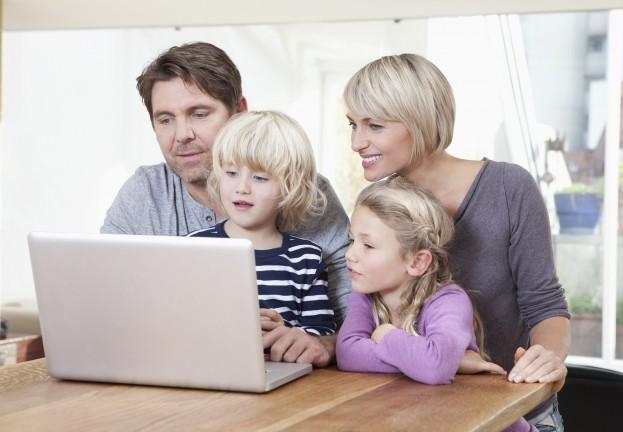 Lựa chọn khoá học tiếng anh online cho con là phương pháp đang được nhiều bậc phụ huynh lựa chọn
