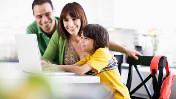 Nên cho trẻ học tiếng anh sớm nhất có thể để xây dựng tình yêu của trẻ đối với tiếng anh