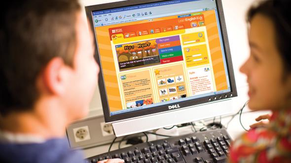 Ưu điểm lớn nhất của học tiếng anh online trẻ em là tốn rất ít chi phí so với học trung tâm