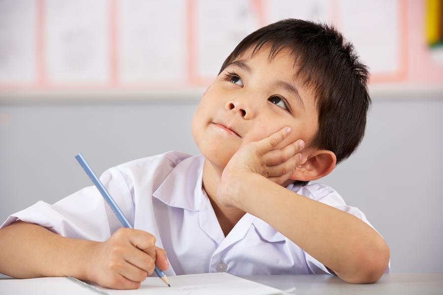 Trẻ càng tiếp xúc với tiếng anh sớm, khả năng thành thạo sẽ càng cao