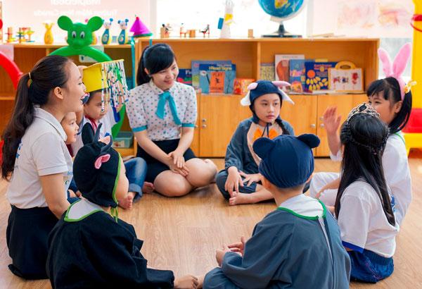 Nhiều trung tâm tiếng Anh cho trẻ em thiết kế chương trình vừa chơi vừa học