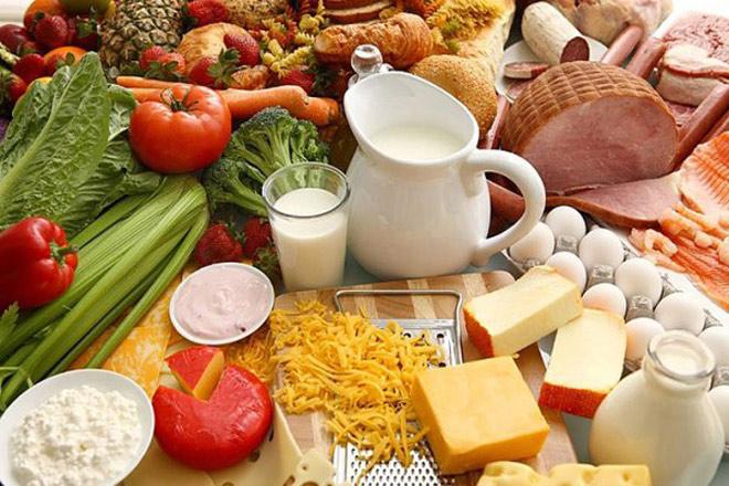 6 nhóm dinh dưỡng cần thiết trong thực đơn cho bé 18 tháng