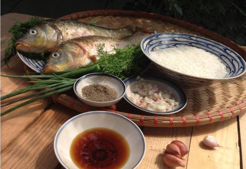 Nguyên liệu nấu cháo cá chép khá đơn giản nhưng đầy đủ dưỡng chất