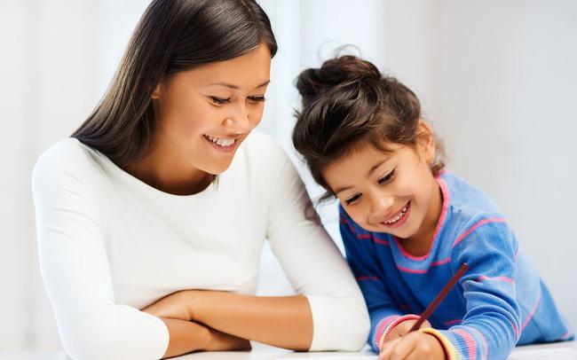 Các hoạt động tương tác, trò chuyện tiếng Anh giúp bé cải thiện kĩ năng giao tiếp