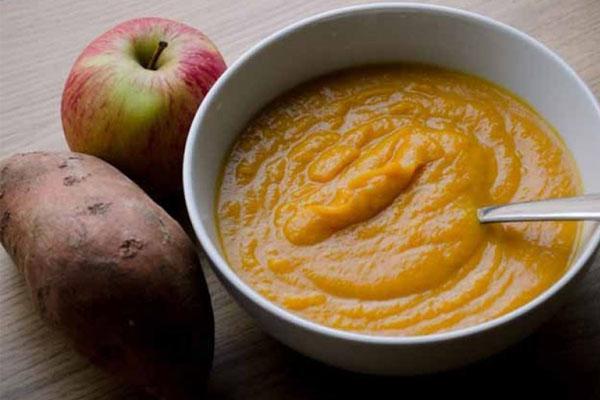 Táo và khoai lang là 2 thực phẩm ăn dặm tuyệt vời không nên bỏ qua