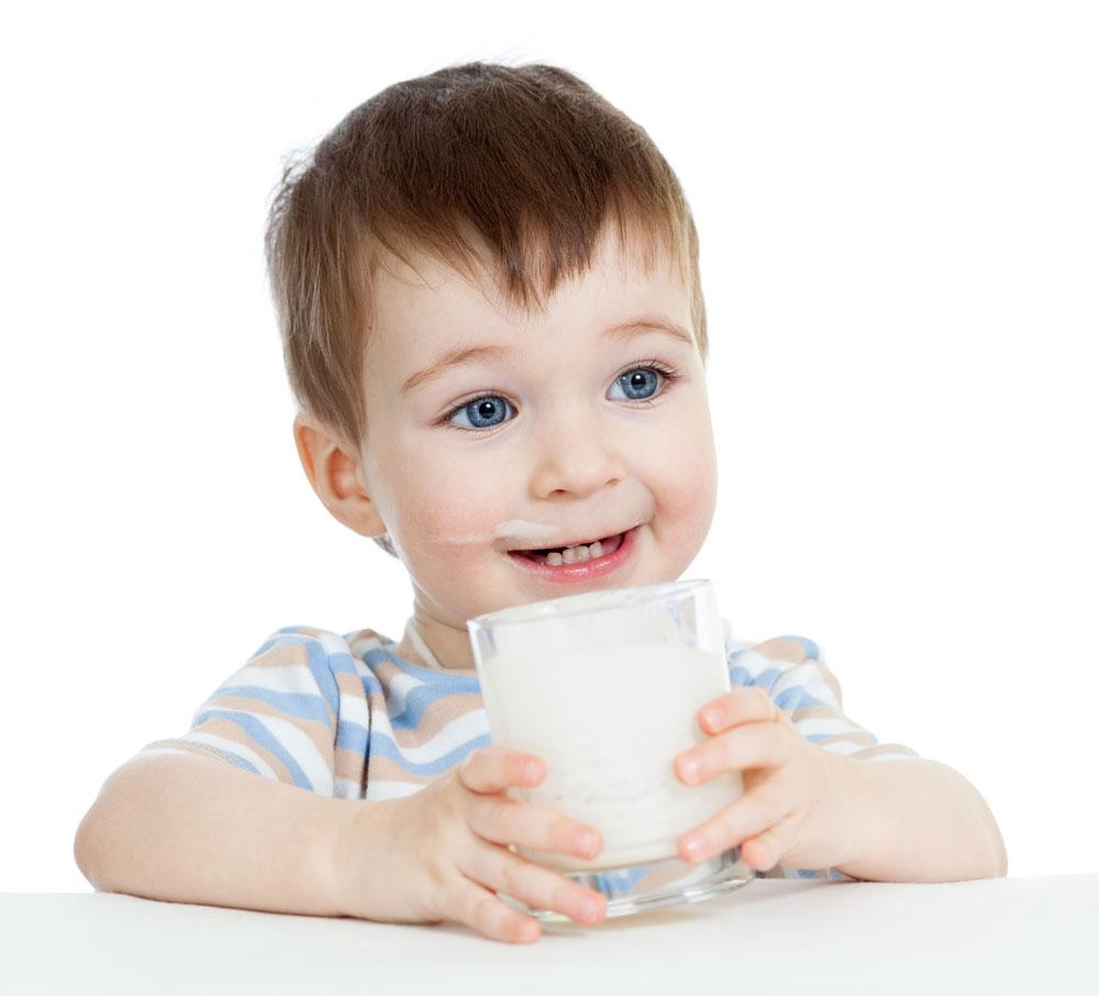Phụ huynh cần lựa chọn kỹ lưỡng loại sữa dành cho trẻ suy dinh dưỡng dưới 1 tuổi phù hợp với con mình nhất