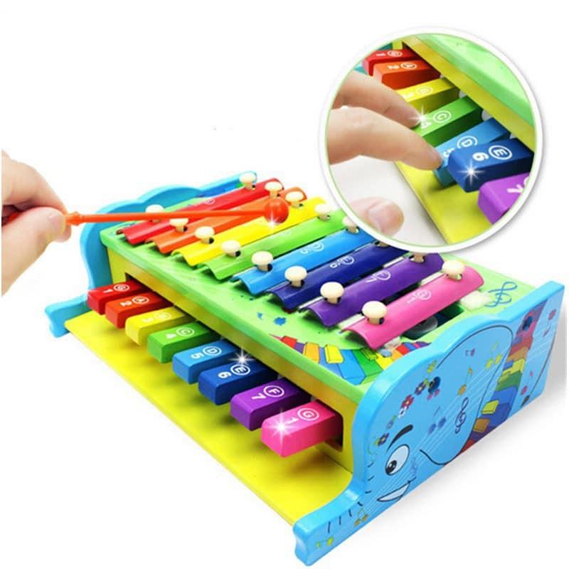 Nhạc cụ gõ giúp bé kích thích thính giác và nhận biết âm thanh