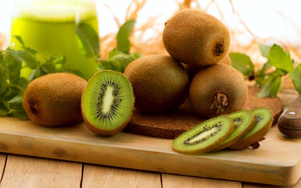Kiwi giúp giảm nguy cơ dị tật ống thần kinh cho thai nhi hiệu quả