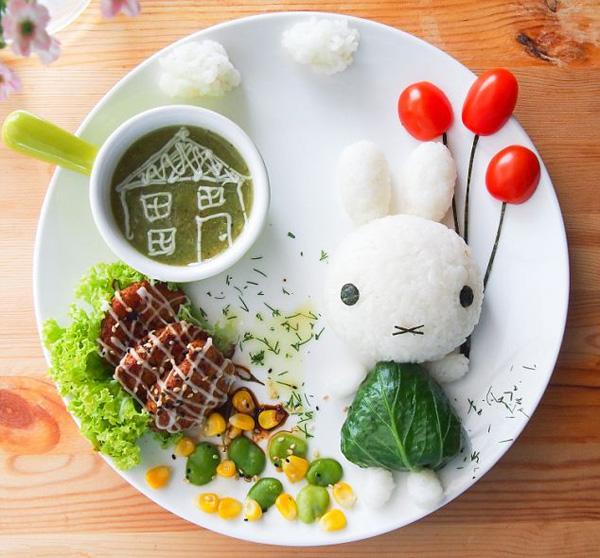 """Mẹ khéo léo """"biến tấu"""" rau xanh thành những món ăn vui mắt giúp trẻ thích ăn hơn"""