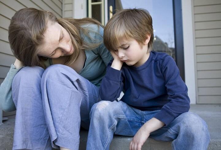 Nguyên nhân trẻ bướng bỉnh và các bước đơn giản để dạy con biết nghe lời