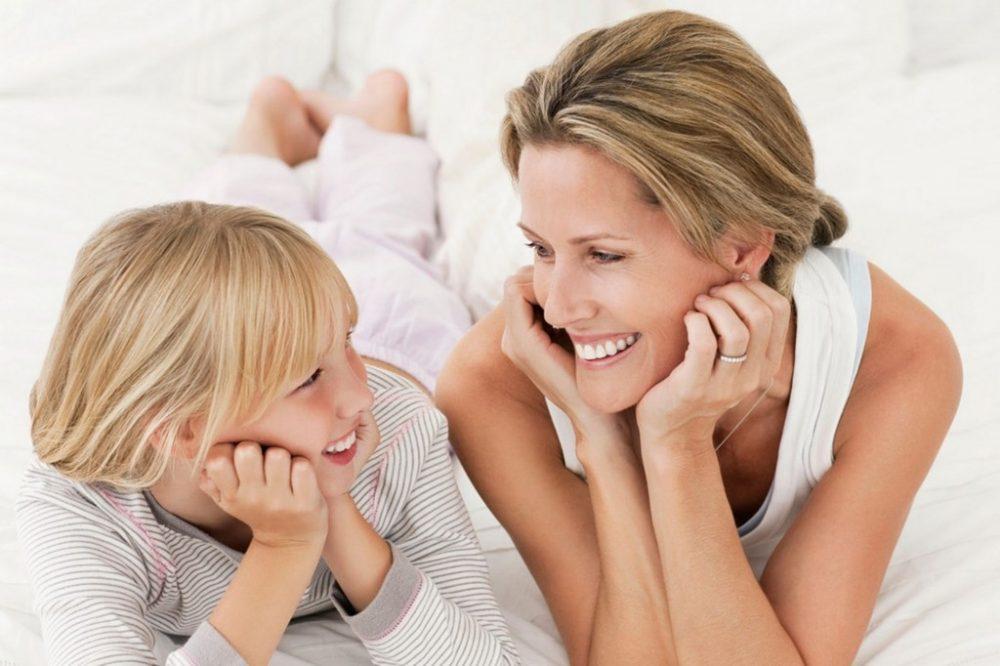 Phụ huynh nên cho trẻ thực hành tiếng Anh thường xuyên bằng cách trò chuyện