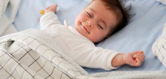 cho con ngủ riêng khi mới 3 tuổi