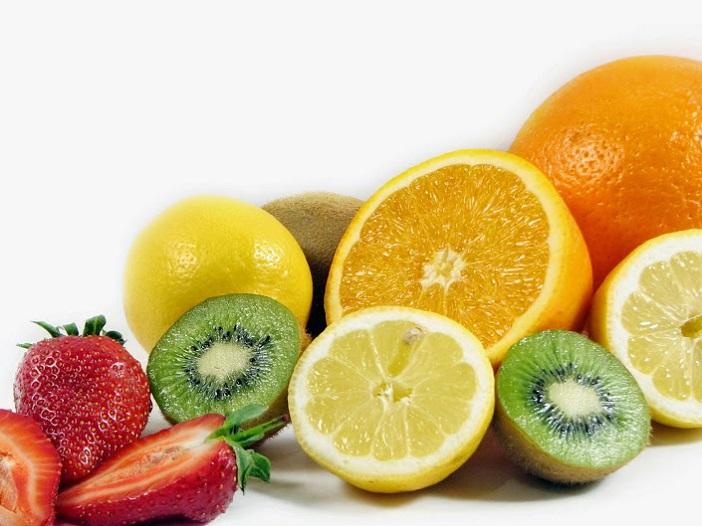 Cách cho con ăn trái cây đúng cách