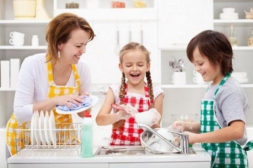 Dạy trẻ tự lập bằng các hoạt động nhỏ cùng nhau