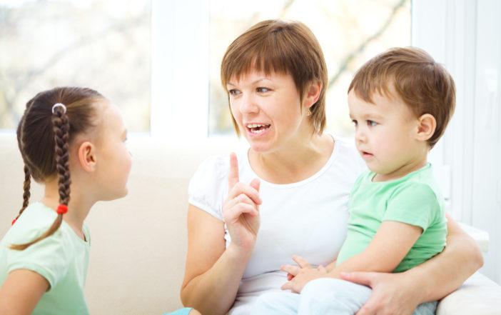 dạy trẻ bớt hung hăng cần có thời gian