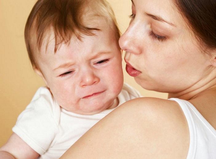 Cách dạy trẻ bướng bỉnh hiệu quả để mẹ tham khảo