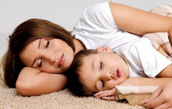 giấc ngủ tốt với bé không chịu ngủ
