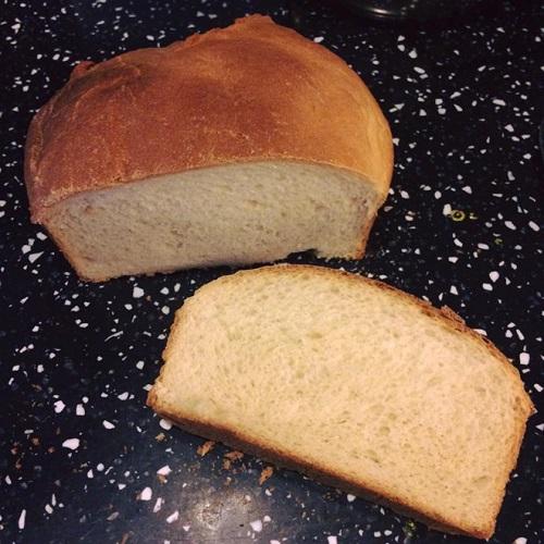 cháo ăn dặm kiểu Nhật từ bánh mì nấu rất đơn giản