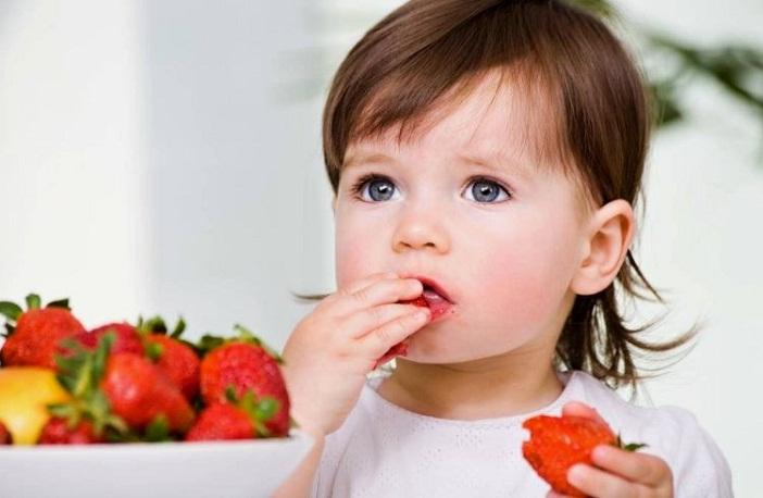 Giúp trẻ hay ăn chóng lớn bằng cách cho trẻ ăn nhiều món khác nhau