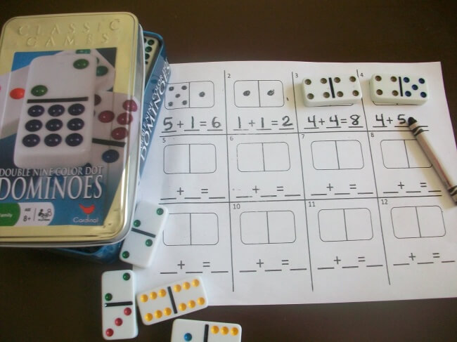 Những khối domino cũng có thể được dùng để dạy trẻ học toán cộng trừ