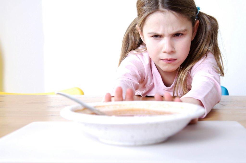 Làm sao để bù năng lượng cho bé biếng ăn?