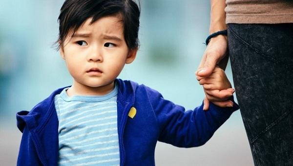 Rào cản hạn chế giao tiếp ở trẻ