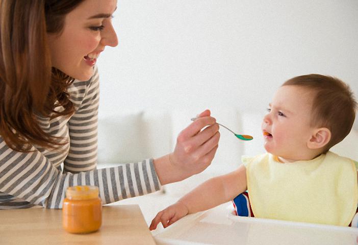 Trẻ dễ bị rối loạn tiêu hóa