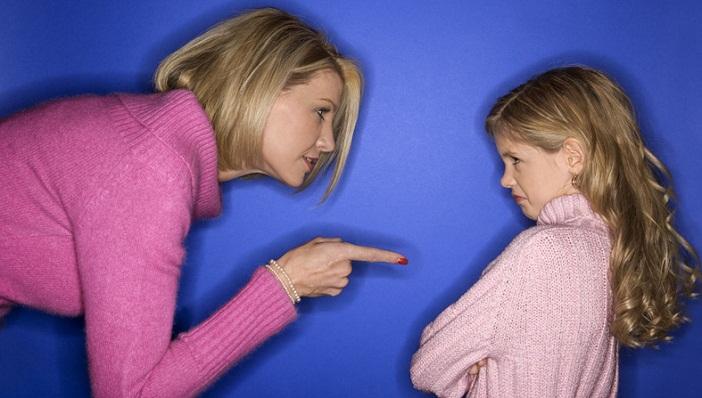 Sai lầm dạy con của bố mẹ có thể khiến con kém cỏi