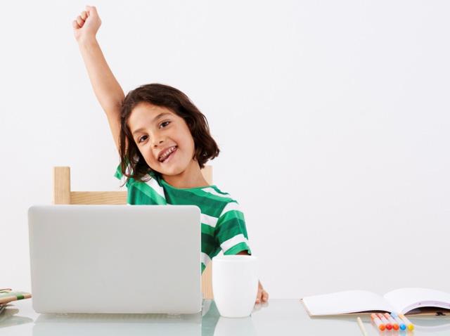 Tại sao nên sử dụng phần mềm dạy tiếng Anh cho trẻ