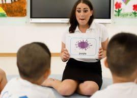 Giúp trẻ chinh phục tiếng Anh với 3 bộ flashcard học tiếng Anh cho trẻ em