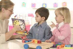 Cách dạy tiếng Anh cho trẻ lớp 1 hiệu quả