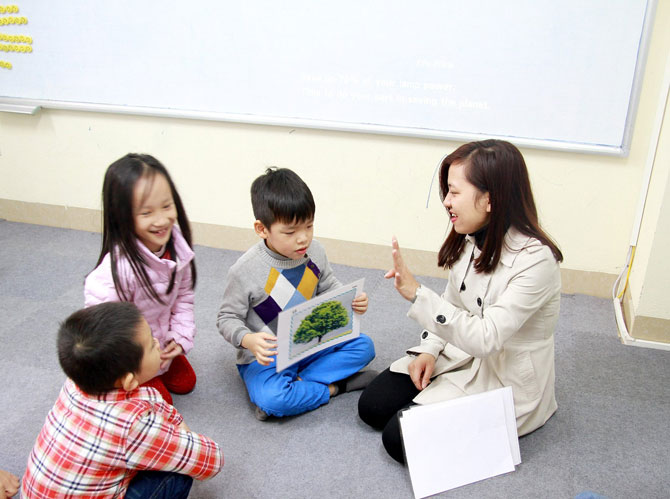 Những tác hại của việc cho trẻ học tiếng Anh sớm