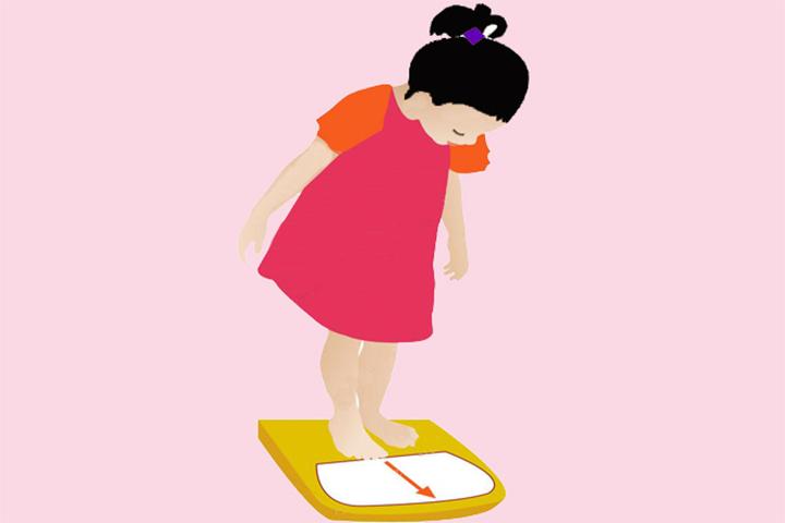 cách đo cân nặng trẻ em