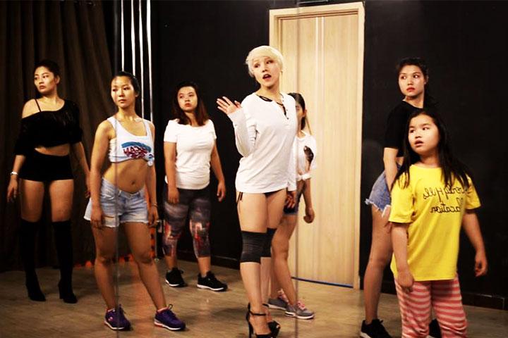 lớp học nhảy hiện đại vdance studio v3t entertainment