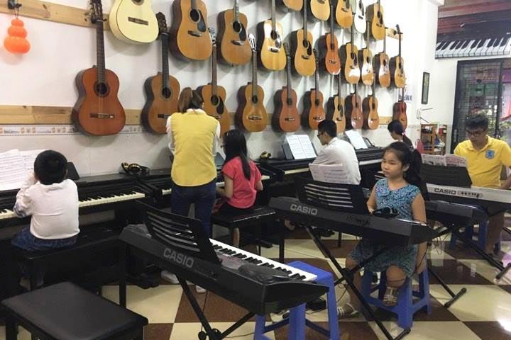 lớp học piano phanxico